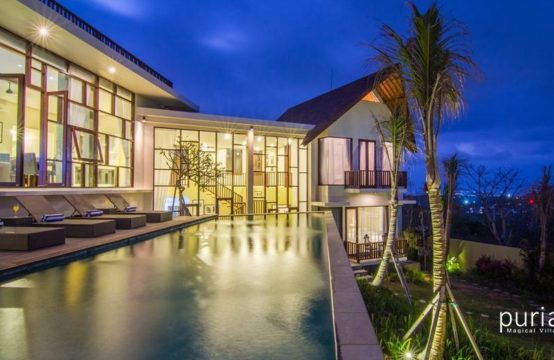 Jimbaran View Villa - Pool and Villa at Night