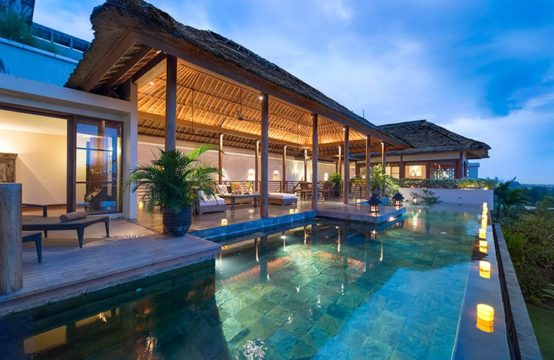 The Longhouse Villa – Luxury Six Bedroom Villa