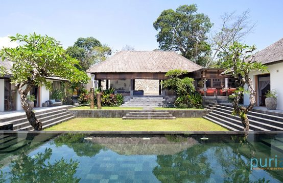 Villa Levi - Four Bedrooms Villa in Canggu