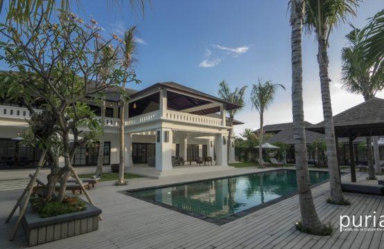 Villa Tjitrap - Villa and Pool