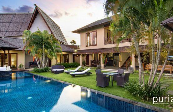 Villa M Bali Seminyak - Pool and Villa
