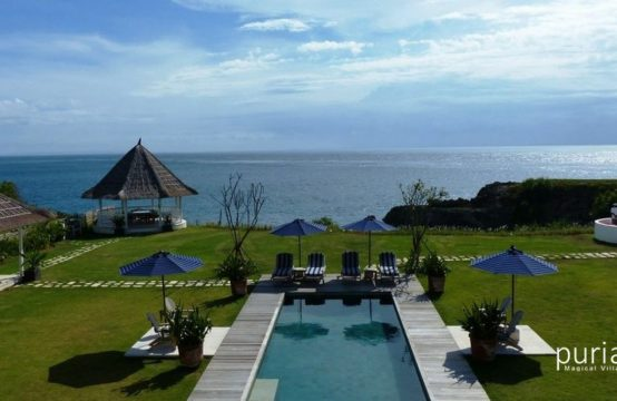 Villa Putih - Pool and Ocean View