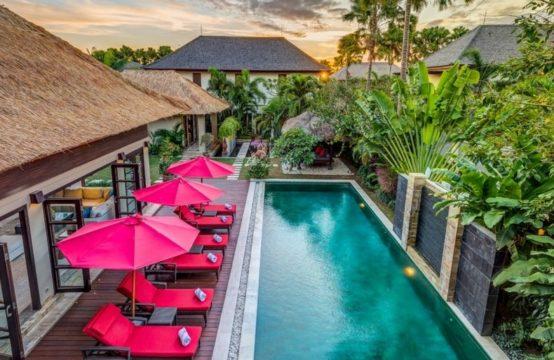 The Residence, Seminyak - Villa Nilaya - The pool from upstairrs balcony
