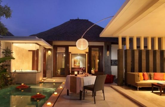 Mahagiri Villas Sanur - Romantic Dining