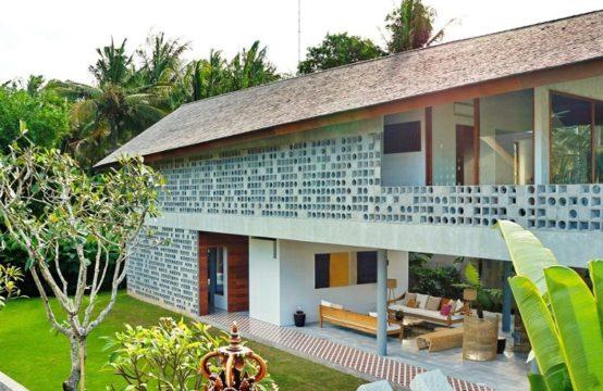 Villa Panjang
