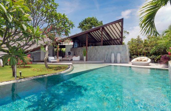 The Layar Three Villas