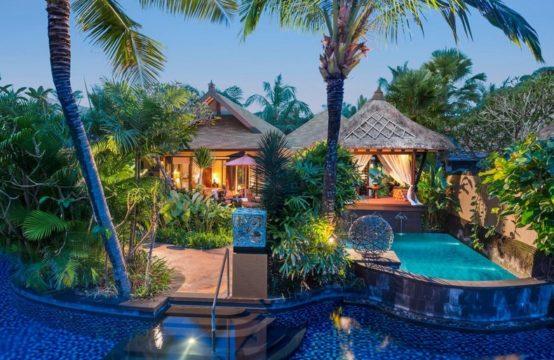 St. Regis Lagoon Villas