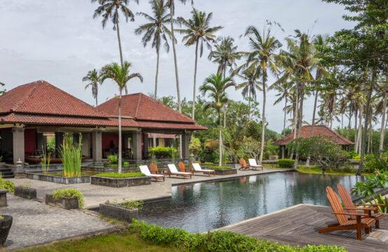 Villa Bukit Kembar