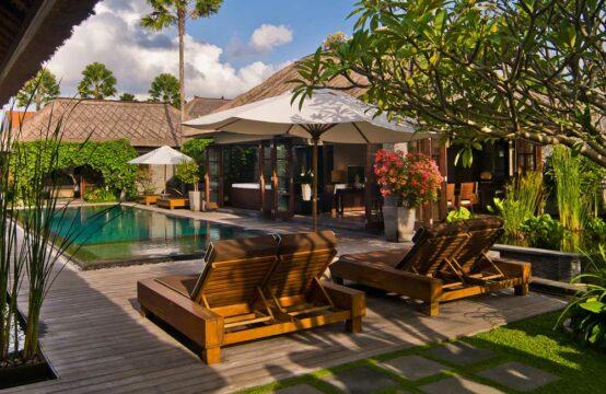 Peppers - Presidential Pool Villa